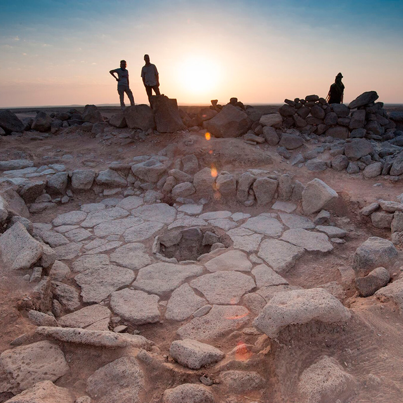 Flatbread baked by hunter-gatherers 14,400 years ago found